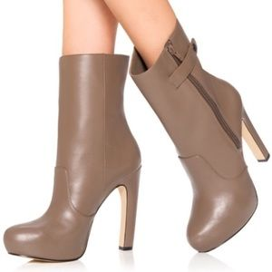 JustFab Catriona Taupe Stiletto Platform Heel Boot